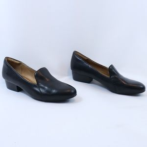 Sofft Black Leather Slip On Cushioned Loafers